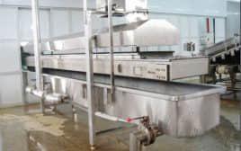 Shrimp cooking machine